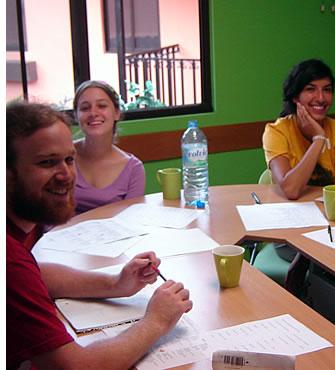 Varje kurs i spanska kan skräddarsys för varje skolgrupps behov